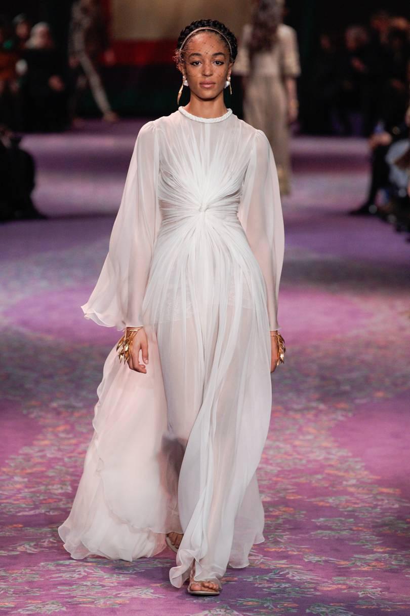 الفساتين الشيفون الناعمة من ديور Dior