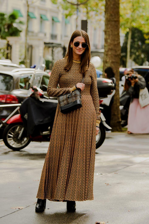 الفساتين الطويلة البليسيه