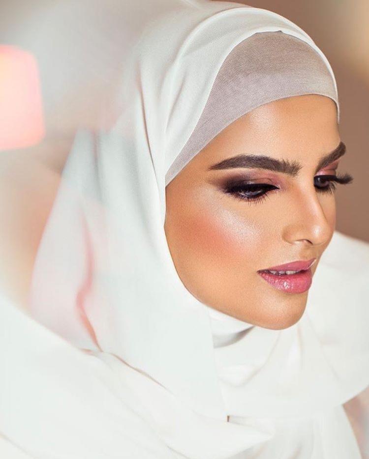 لفة الحجاب مع البطانة
