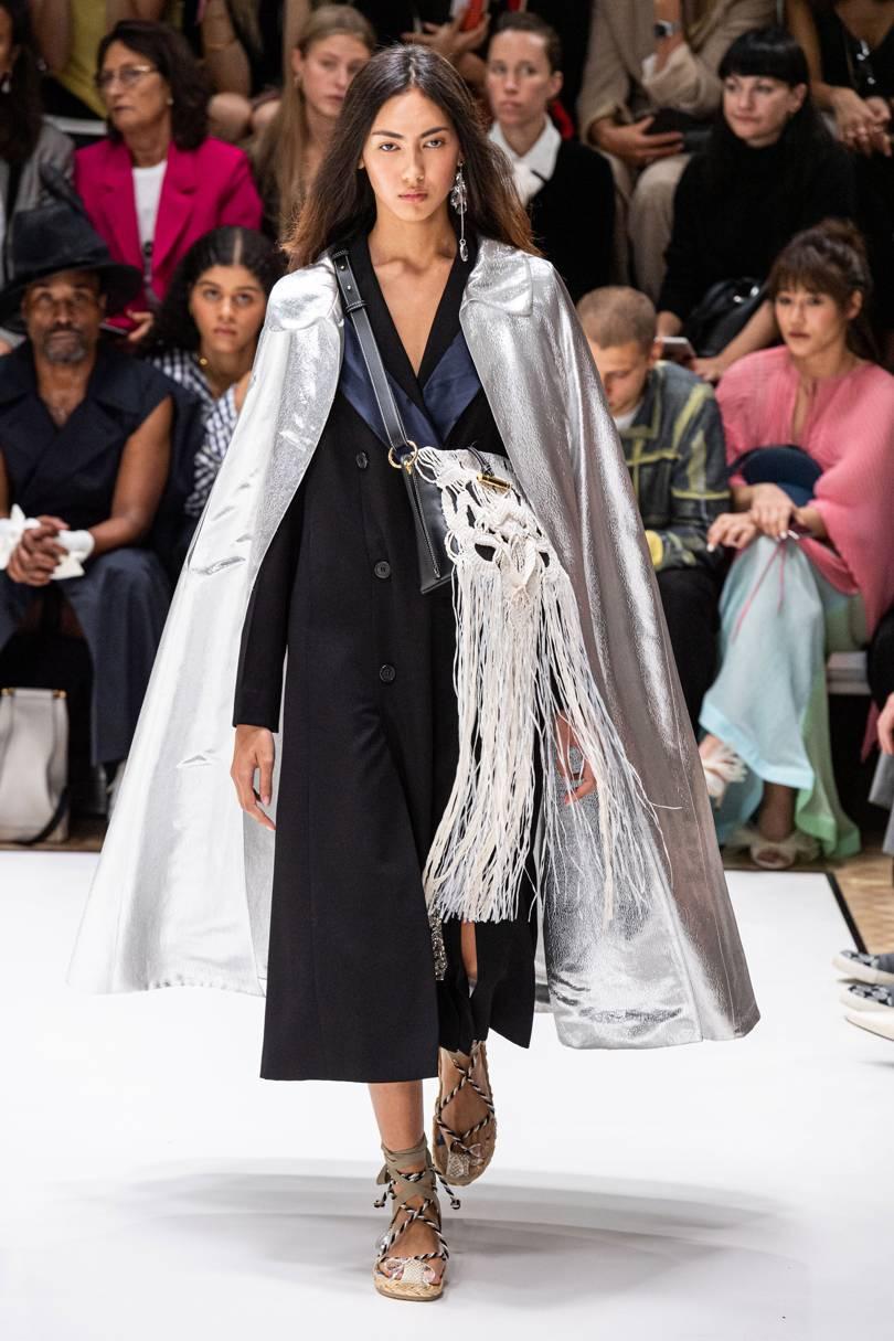 الفستان البليزر من JW Anderson