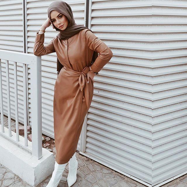الفساتين الجلد الشتوية على طريقة الفاشينيستا سهى