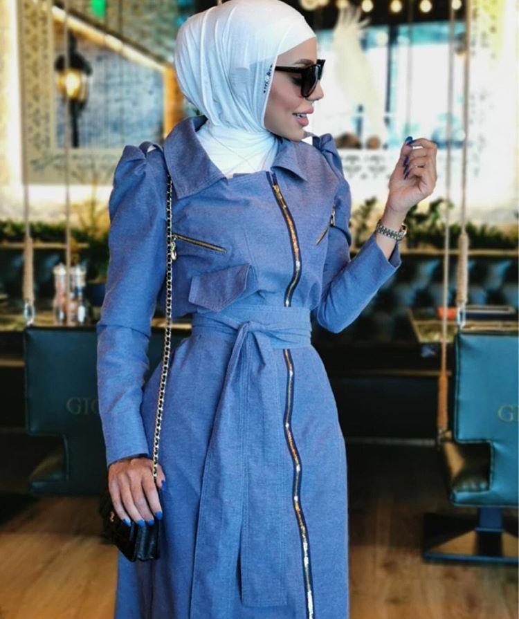 تنسيق الحجاب مع اللون الأزرق من عواشة الهازمي