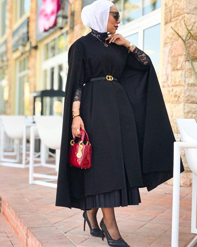 الفستان الكاب الأسود من عواشة الهزيم