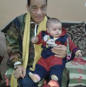 حلمي بكرحلمي بكر يبكي حزنا على فراق ابنته