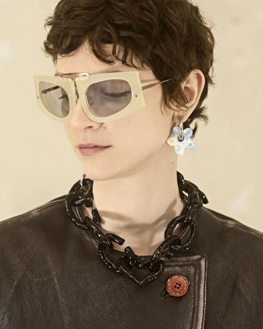 نظارة شمسية بعدسات باللون الرمادي من Acne Studios