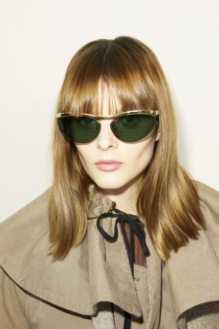 نظارة شمسية بعدسات خضراء بتصميم عيون القطة من Tod's -صورة 3