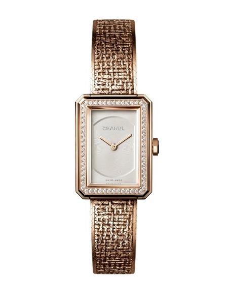 ساعة PREMIÈRE·BOY TWEED من شانيل Chanel