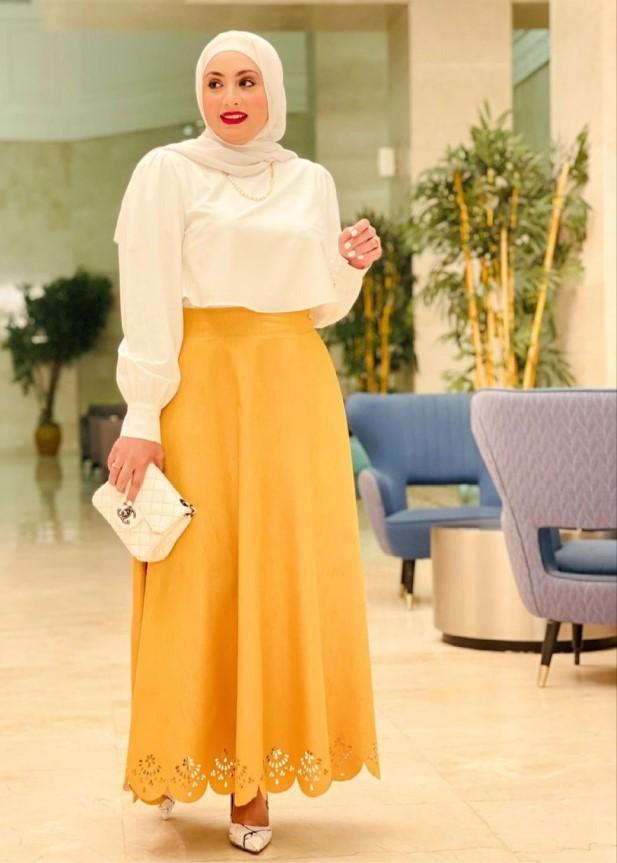 ألاء نوبل ببلوزة الشيفون -الصورة من حسابها على الانستغرام