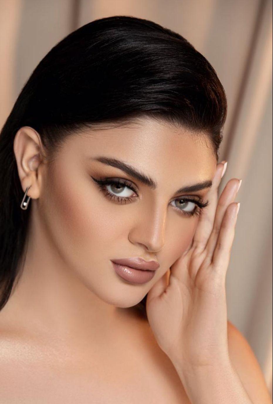 مكياج سموكي باسلوب خبيرة التجميل اروى محمد -الصورة من حسابها على الانستغرام