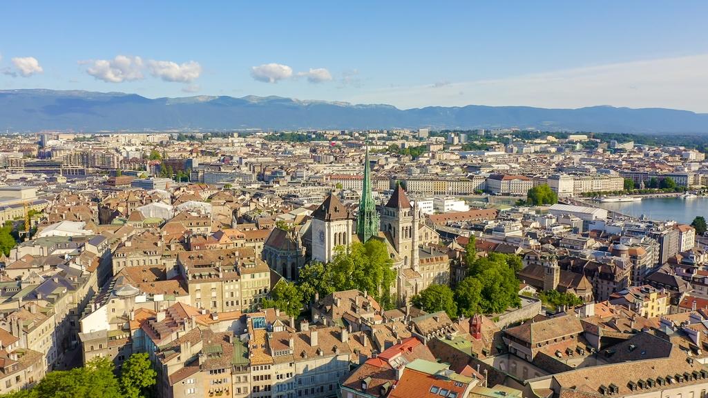 لقطة جويّة لمدينة جنيف