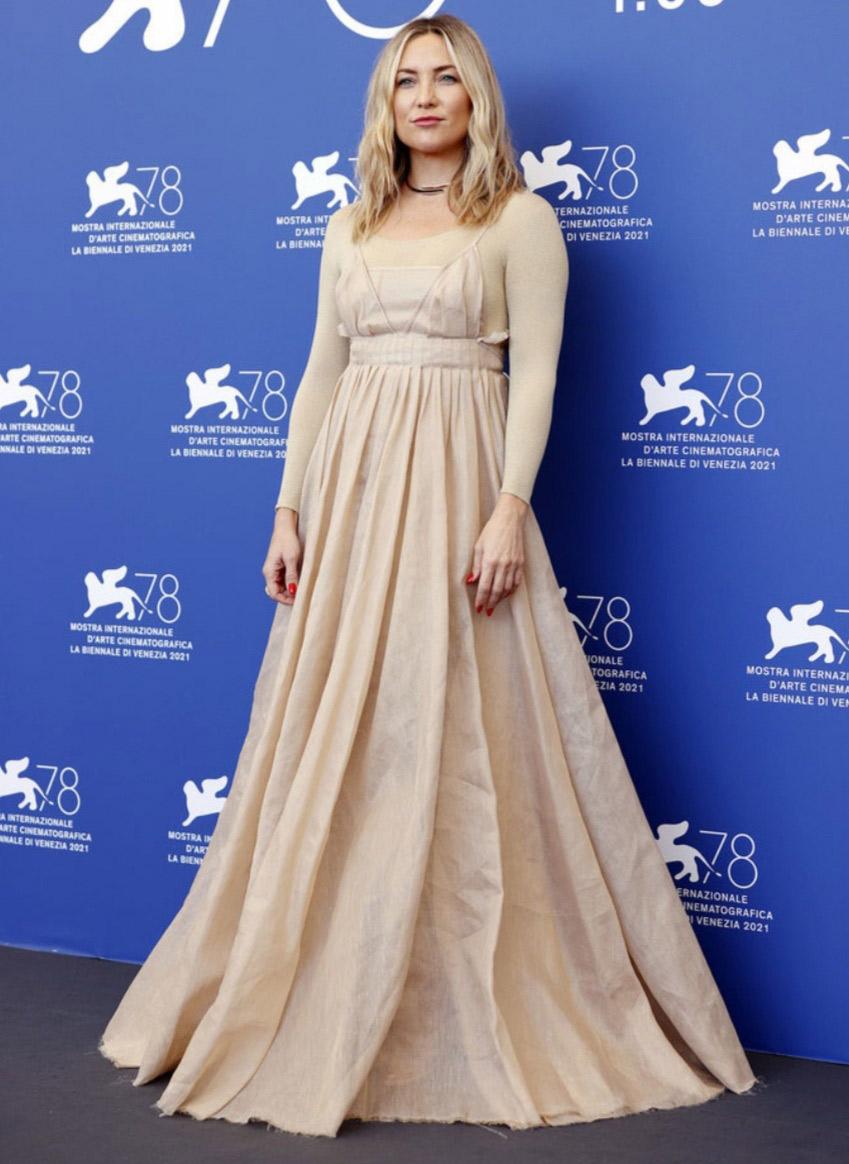 الصورة من حساب red-carpet fashion awards على انستغرام