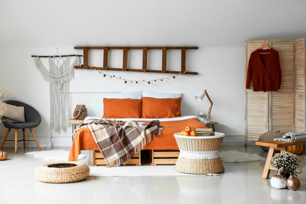 ألوان الخريف في غرف النوم