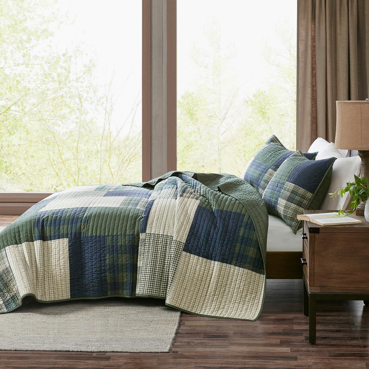 غطاء السرير المنقوش بنقش المربعات