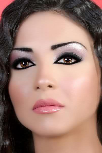 بتمنى يعجبوكم مكياج عروس روعة رح يعجبوكي اكيد