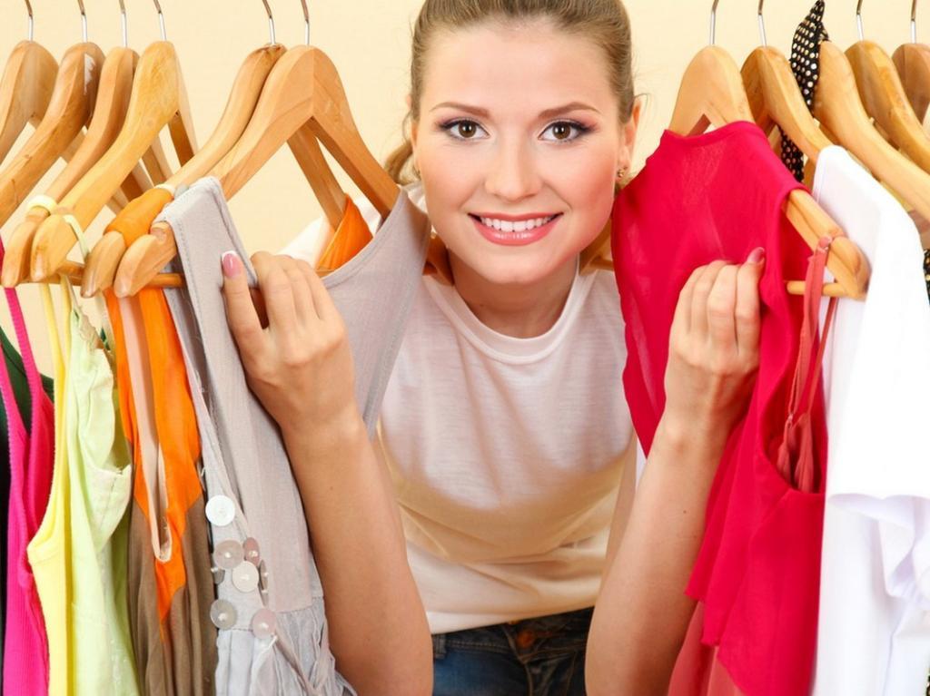 7 أفكار لترتيب خزانة ملابسك