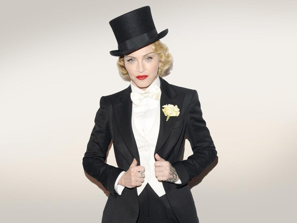 إطلالات Madonna منذ بداية شهرتها حتى الآن