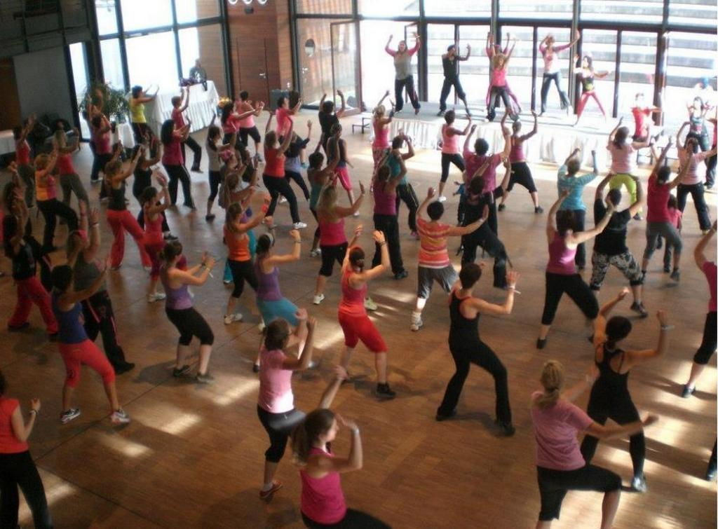 رقصة-زومبا-لحرق-الدهون-وفقدان-الوزن21