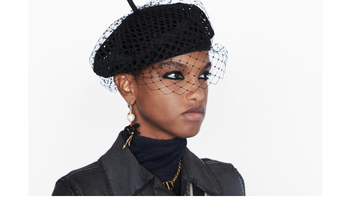 قبعة beret من ديور