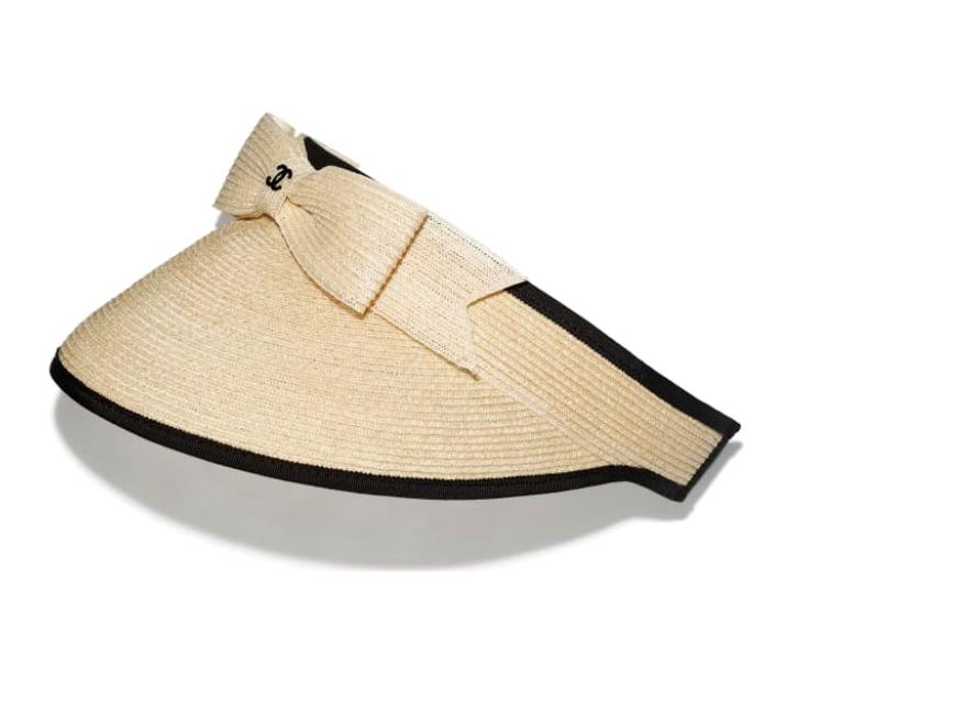 قبعة bucket من شانيل