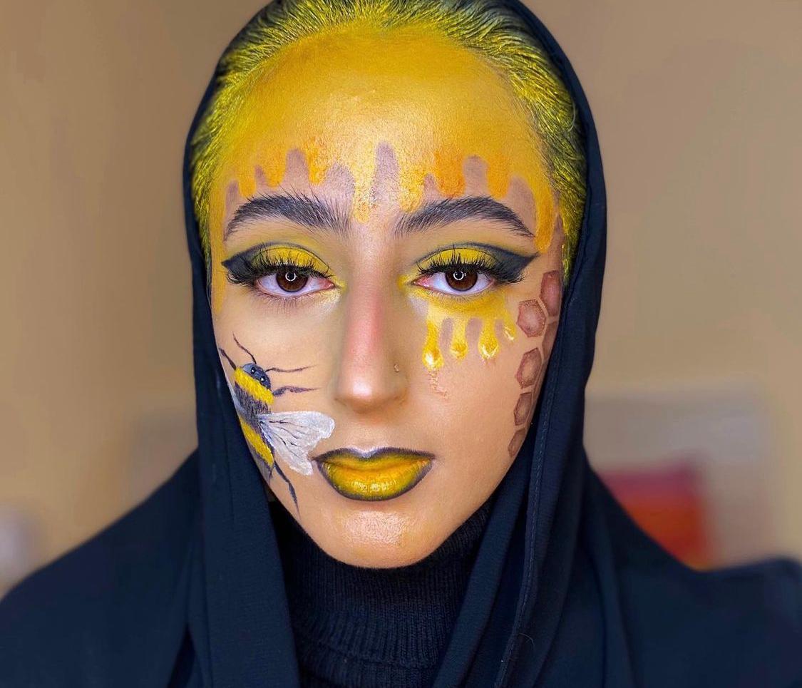 2 رسمة العسل من خبيرة التجميل اصالة -الصورة من حسابها على الانستغرام