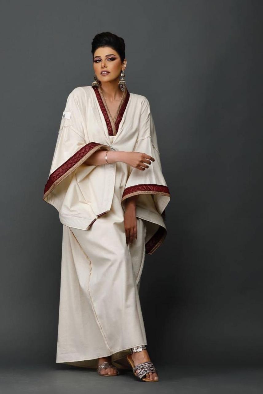 لولو العسلاوي بفستان رمضاني باللون البيج