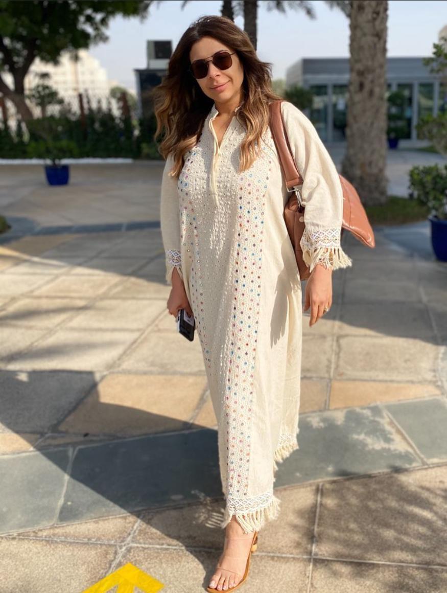 6 سارة دندراوي بجلابية يومية -الصورة من حسابها على الانستغرام