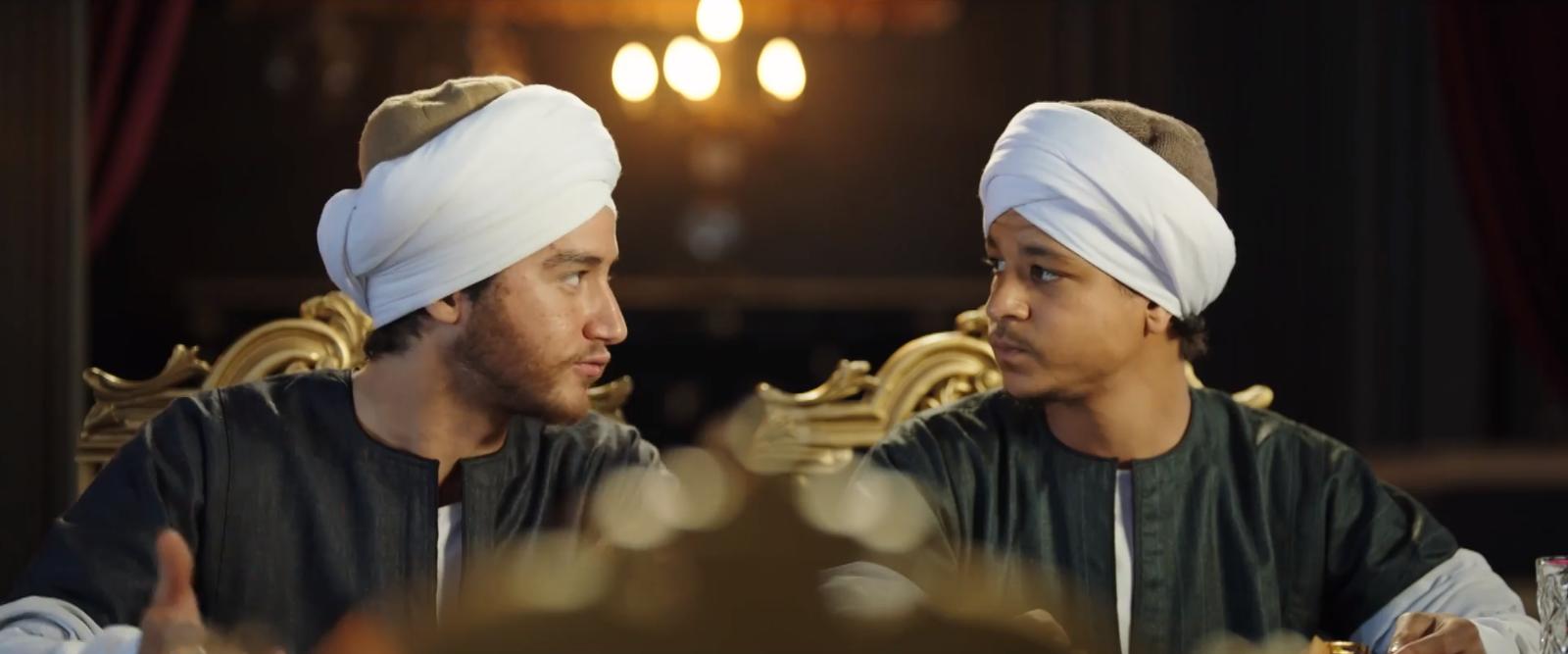 أحمد مالك وأحمد داش في نسل الأغراب