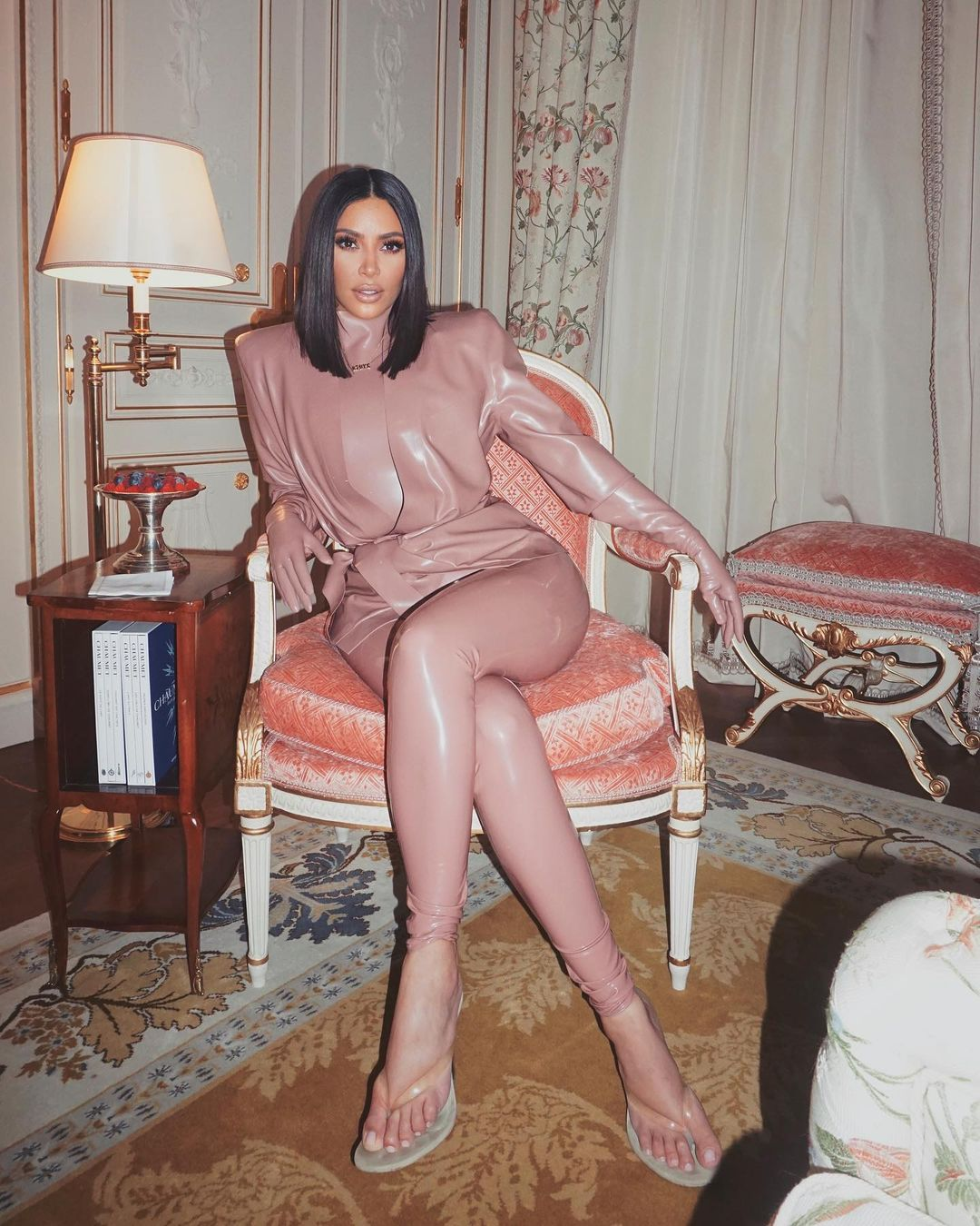 جاء قرار كيم بعد أيام من حصولها على لقب مليارديرة من فوربس-الصورة من أنستغرا