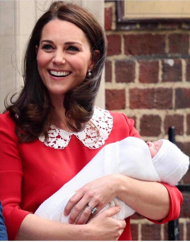 كيت بعد ولادتها لويس -الصورة من إنستغرام