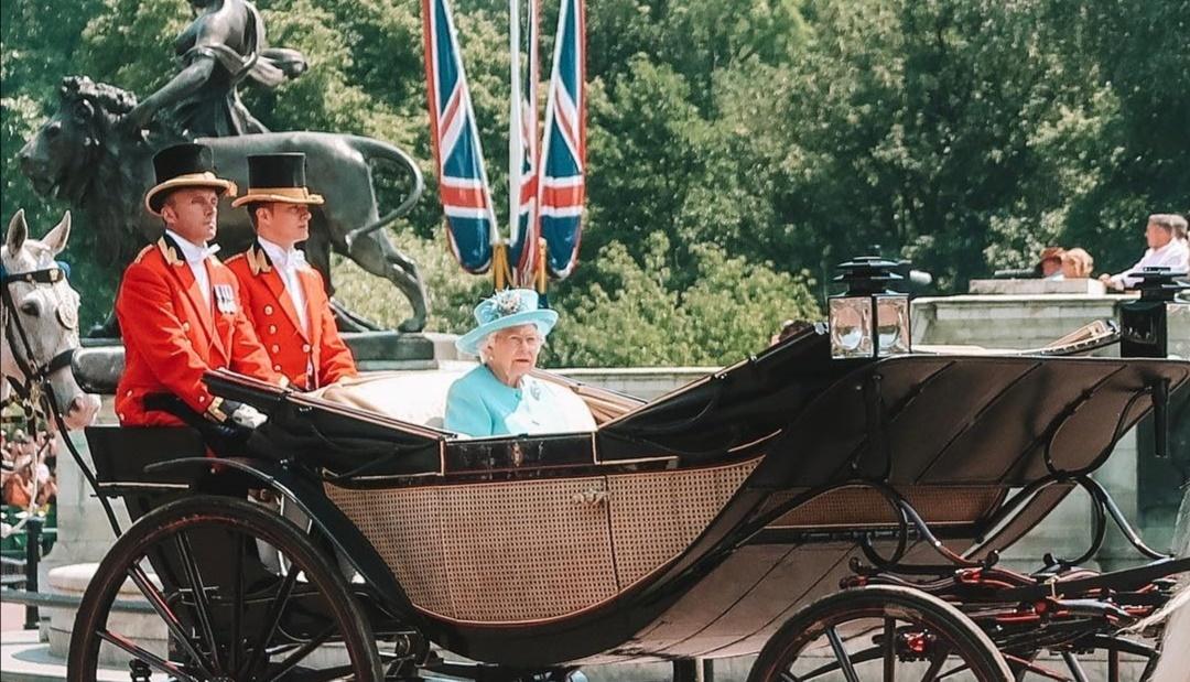 الملكة إليزابيث في يوم ميلادها الرسمي- الصورة من إنستغرام