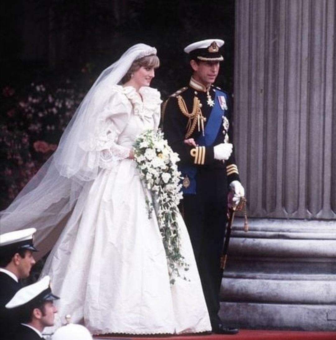 زفاف الأميرة ديانا والأمير تشارلز- الصورة من إنستغرام