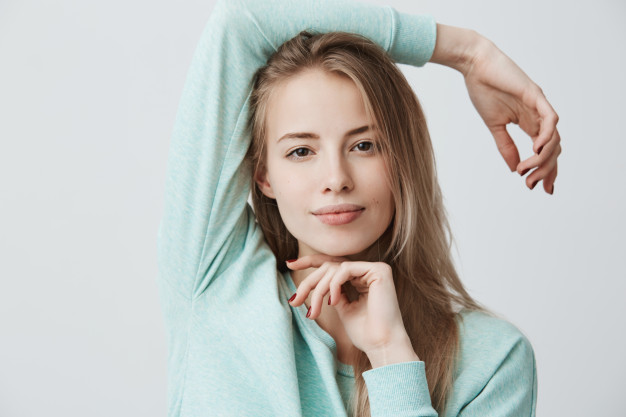 سيروم فيتامين سي لبشرة شابة ومشرقة