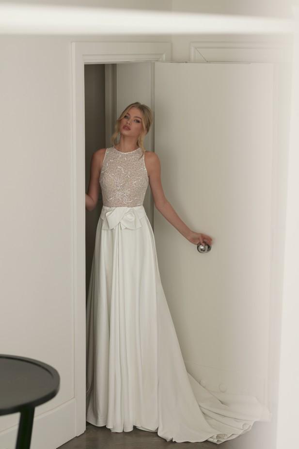 فستان زفاف من قطعتين من  Julie Vino