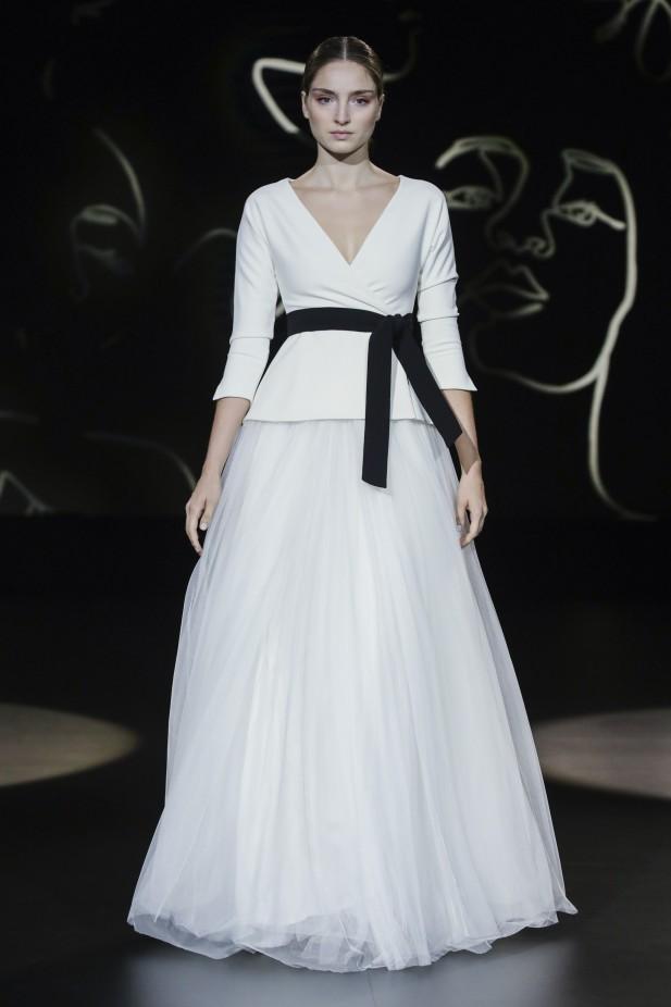 فستان زفاف من قطعتين من Sophie et Voila