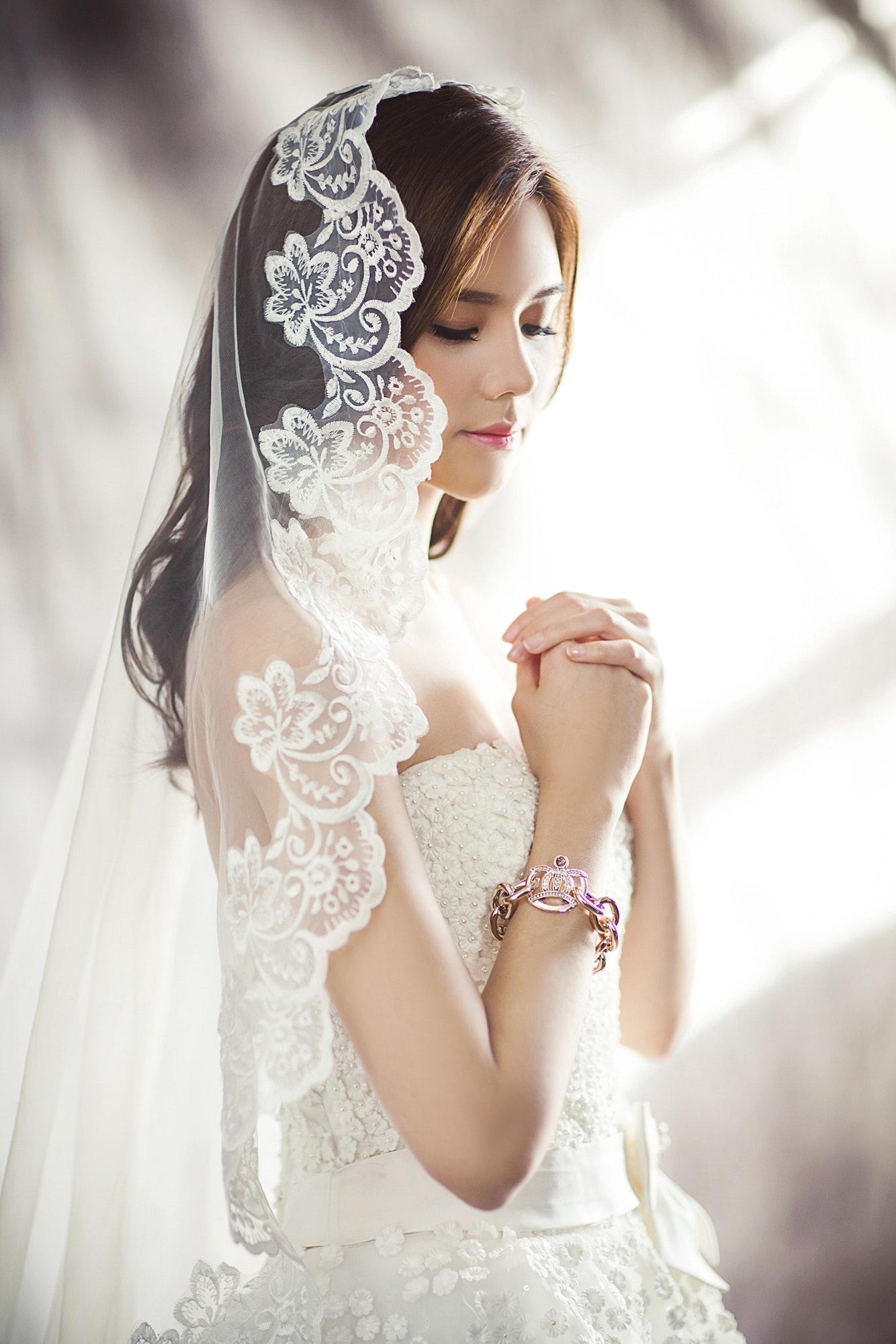 طرحة عروس