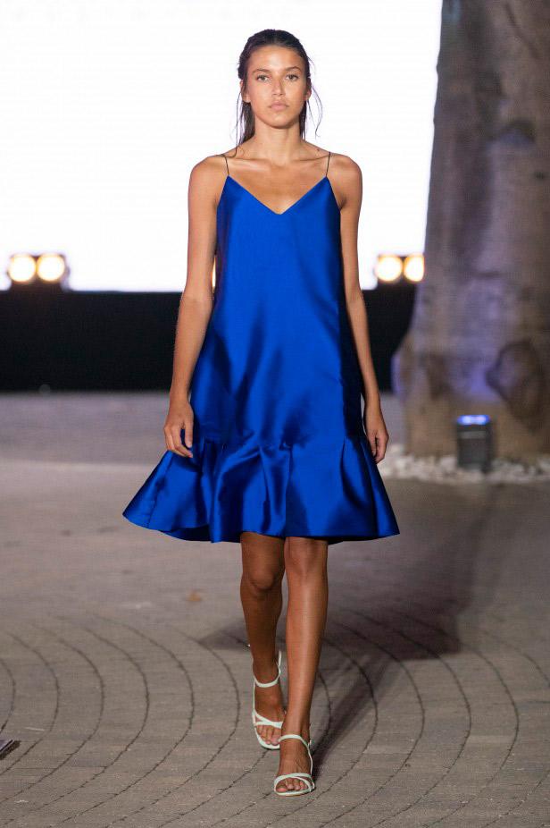 فستان سهرة قصير من Chiara Perrot