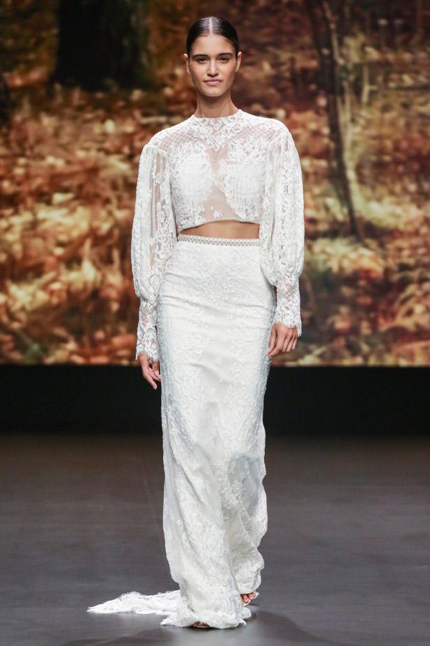 فستان زفاف من قطعتين من Flora
