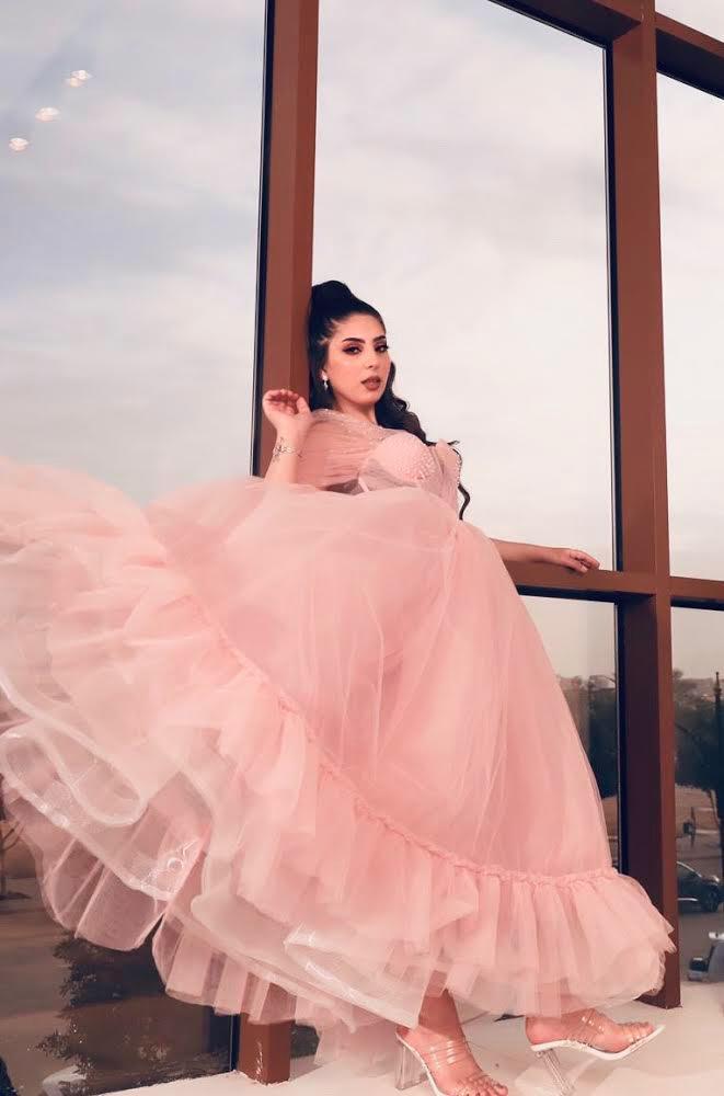 فستان سهرة بتوقيع المصممة لمياء الكلثم