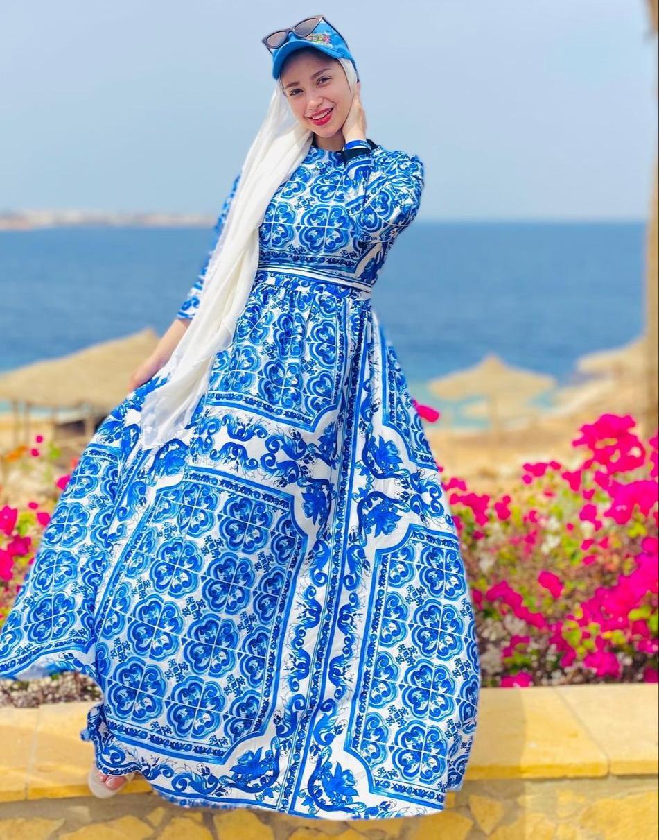 3 الفستان المطبع من البلوغر المصرية مريم سيف -الصورة من الانستغرام