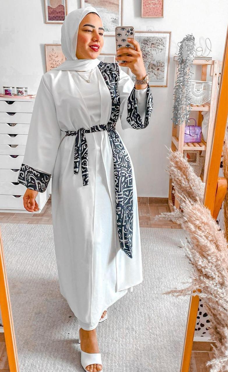 دعاء عكاشة بفستان ابيض -الصورة من حسابها على الانستغرام
