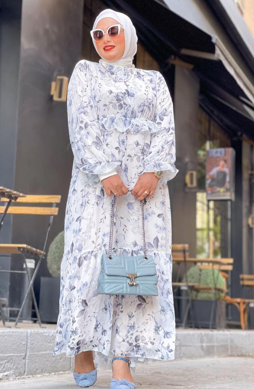 الاء نوبل بفستان ربيعي لرمضان -الصورة من حسابها على الانستغرام