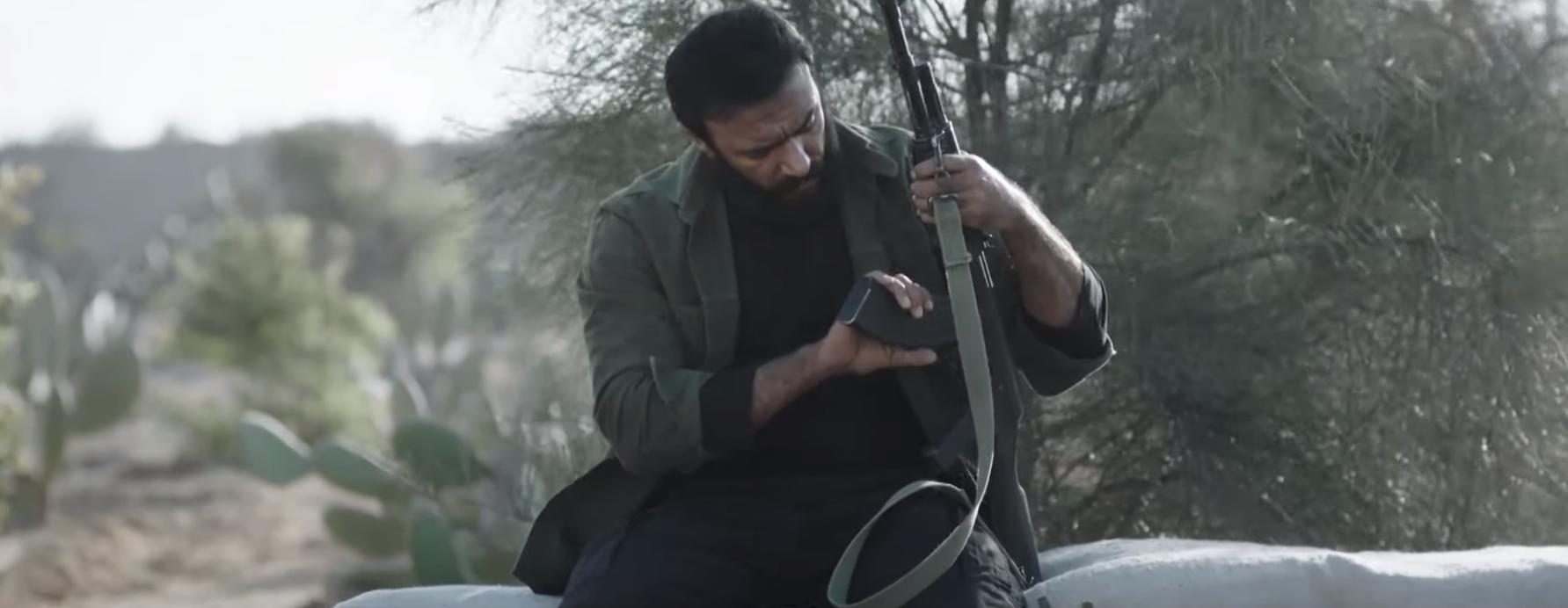 أحمد العوضي في مشهد من المسلسل