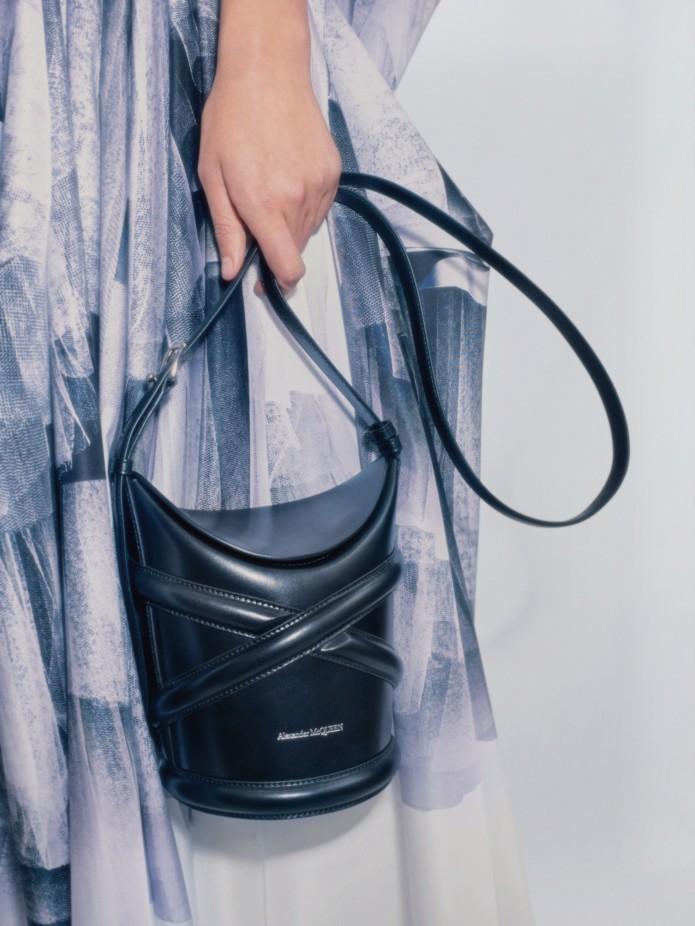 حقائب MCQueen الجلدية الكاجوال