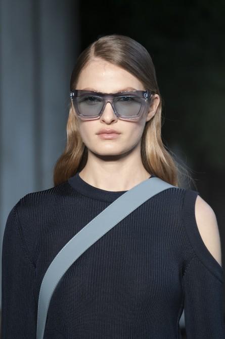 نظارة شمسية من بوس