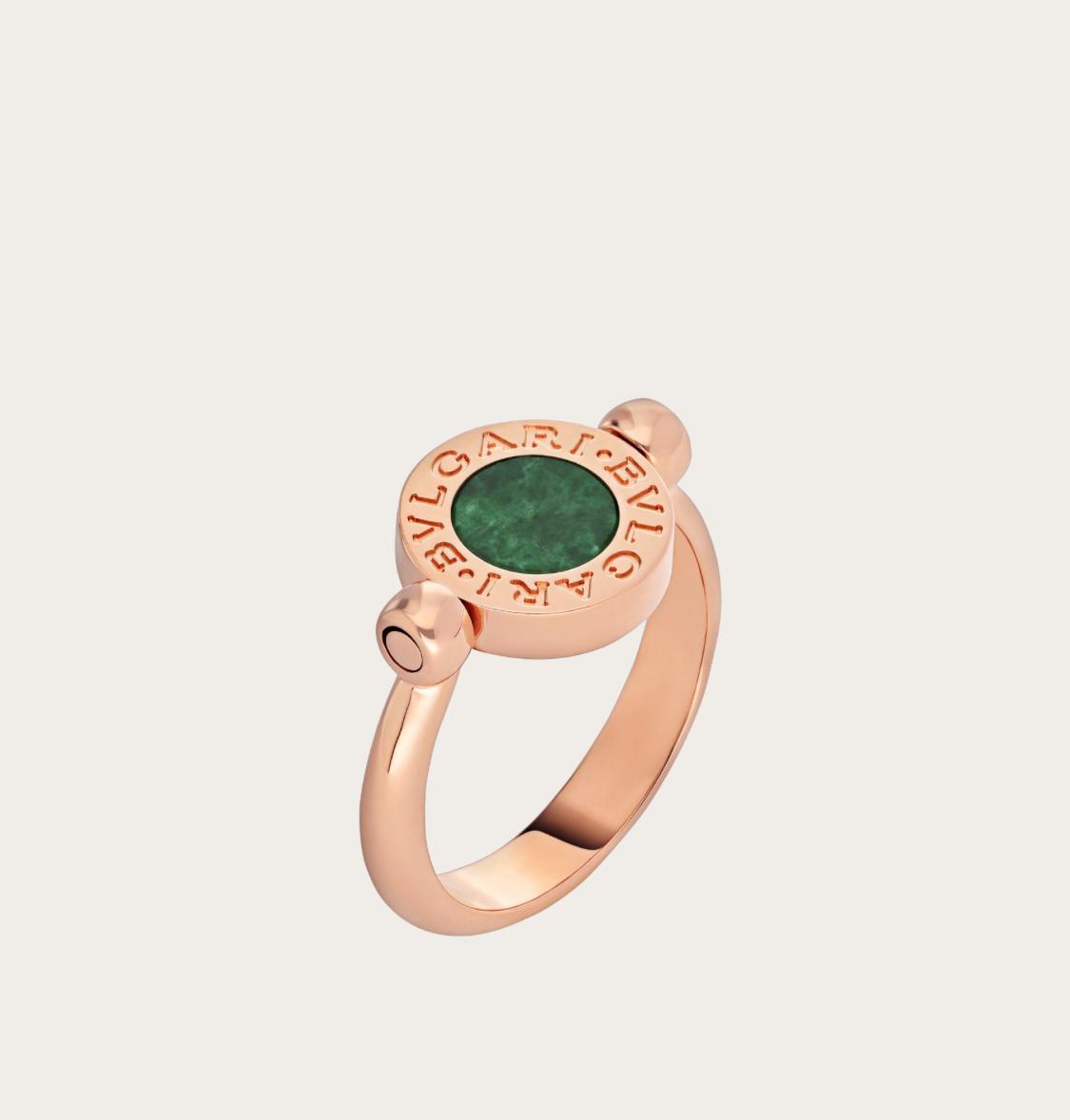 خاتم حجر اليشم من بولغري Bvlgari