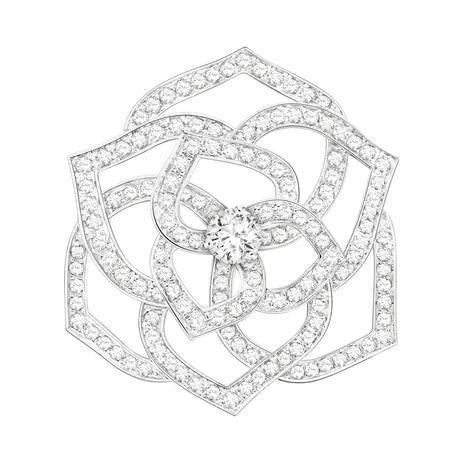بروش الوردة من بياجيه «Piaget»