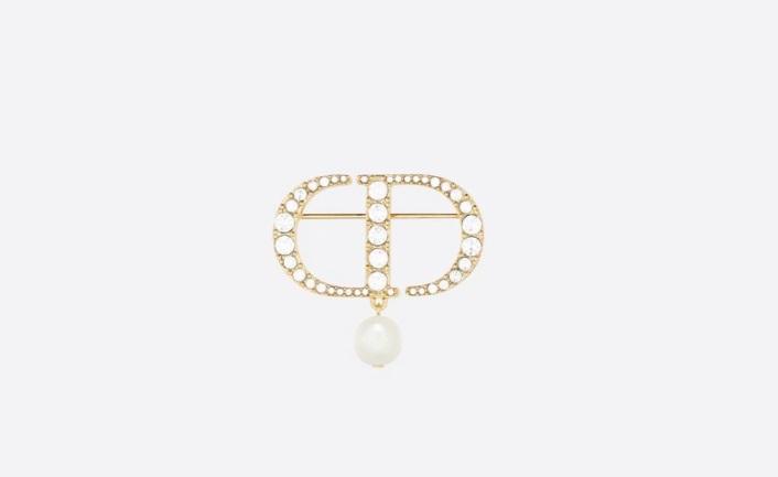 بروش من اللؤلؤ والكريستال من ديور Dior
