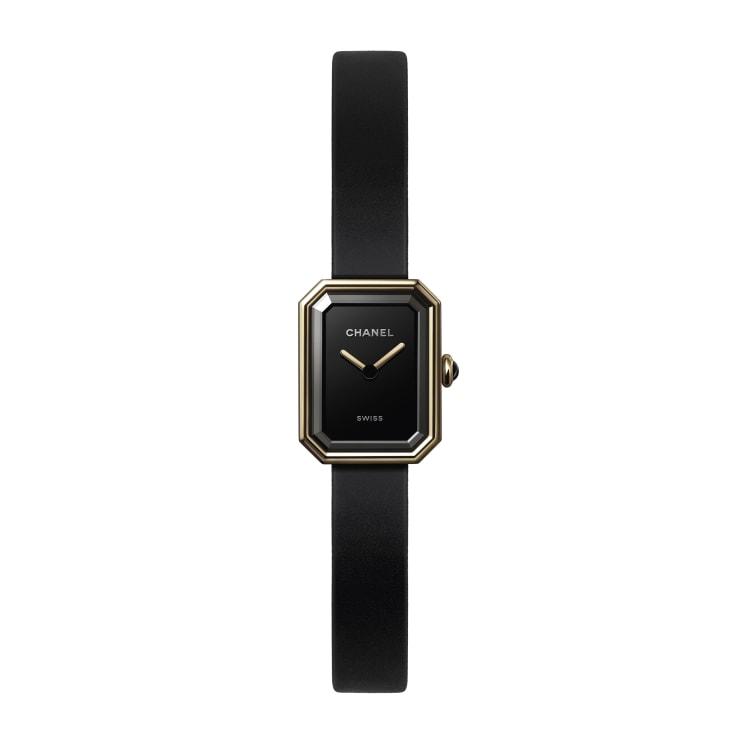 ساعة من شانيل «Chanel»