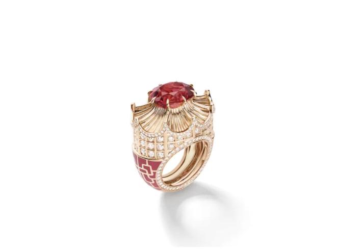 خاتم من التورمالين الوردي، من شوميه Chaumet