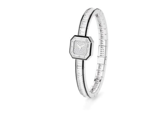 ساعة يد من الألماس من بوشرون Boucheron